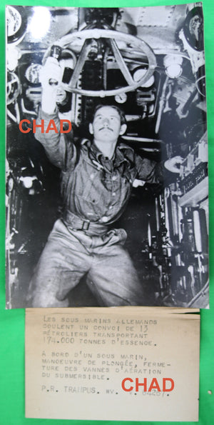 WW2 @1942 Photo inside German sub diving  Sous-marin allemande en plongé