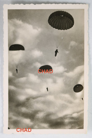 WW2 Propaganda photo German parachutists