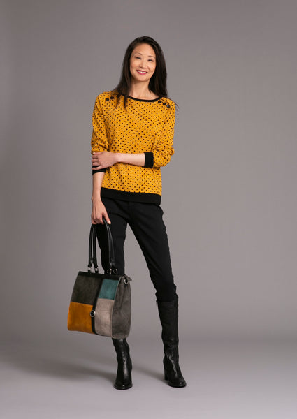 DOT sweater crew neck, long cuffed sleeves and button yoke detail with Yoga jeans