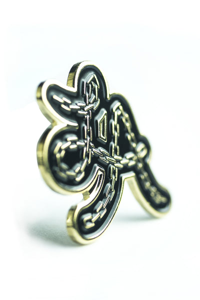 LA chain gold pin