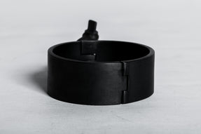 Restraint Cuff (Charm Version, 30mm, KA)