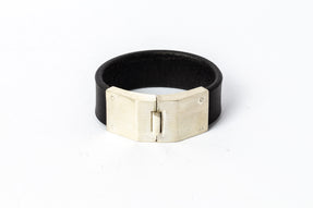 Box Lock Bracelet (Facet, Narrow, MA+BLK)