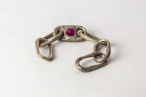 Roman Medium Link Bracelet w/ Medium Closed Link (Ruby Slab, DA+RUS)