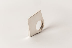 Crescent Bridge Ring (Pyramid Extrusion, 4mm, PA)