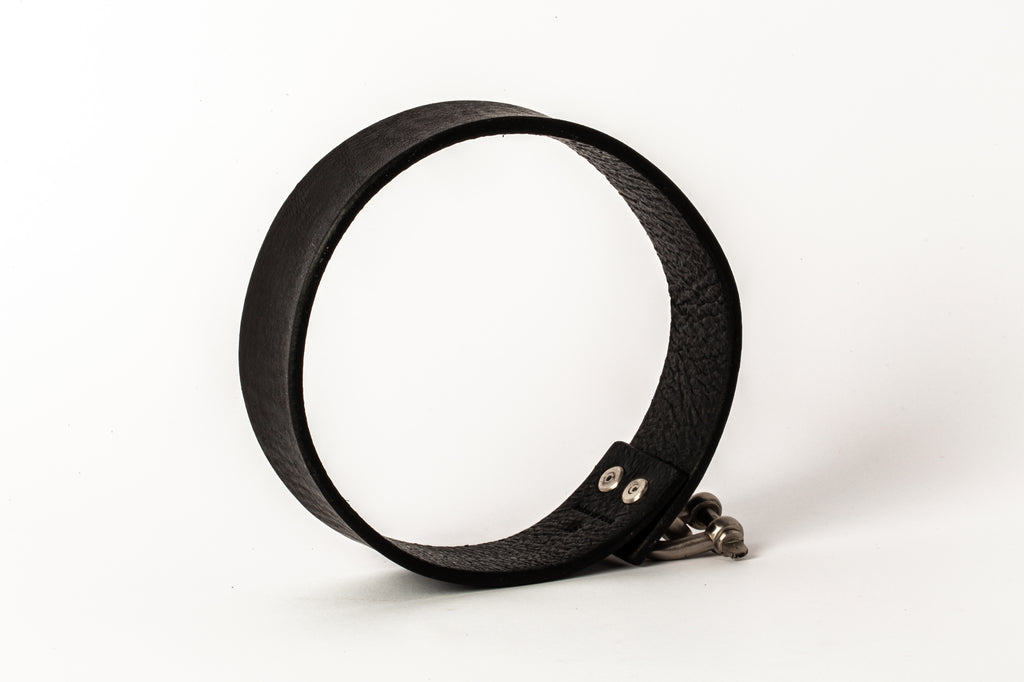 Leather Charm Choker (30mm, MZ+BLK)