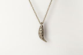 Bear Tooth Necklace Ghost (Large, Mega Pavé, DA+DIA)