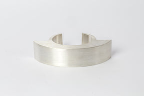 Crescent Bracelet Rework (Extended & Interrupted, INVERTED, 30mm, MA)