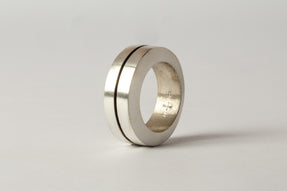 Crescent Crevice Ring (9mm, MA)