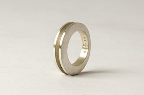 Crescent Channel Ring (4mm, MA)