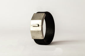 Box Lock Bracelet (Facet, Narrow, BLK+AS)