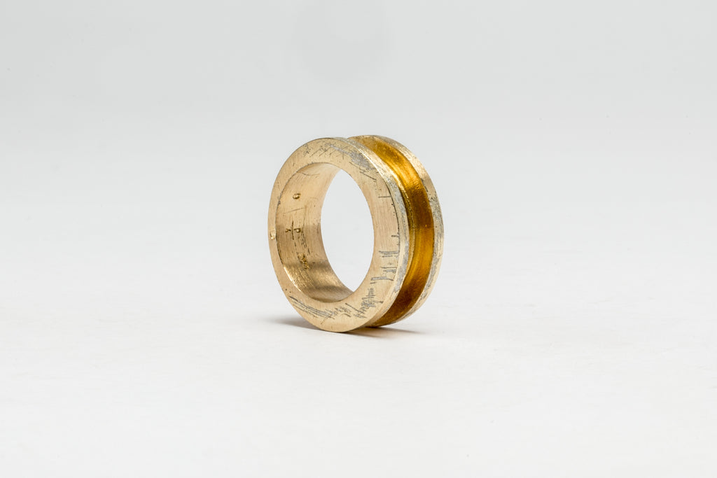 Crescent Channel Ring (9mm, AGA)