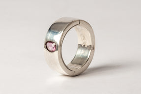 Sistema Ring (0.9 CT, Pink Sapphire Faceted Slab, 9mm, PA+SAF)