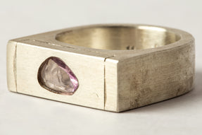 Plate Ring Single (0.86 CT, Pink Sapphire Faceted Slab, 9mm, MA+SAF)