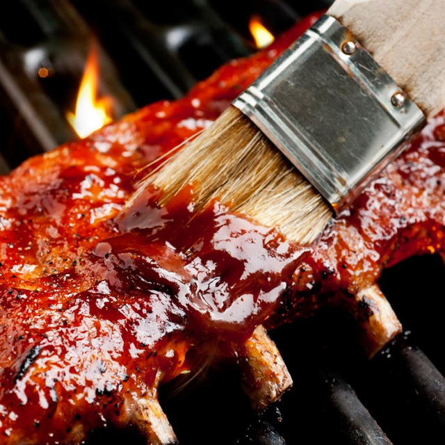 Our 5 Favourite Tips for Hosting a Barbeque this Summer