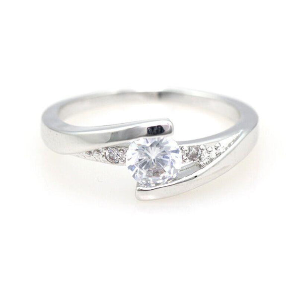 [FREE Today] Twist Setting Crystal Ring