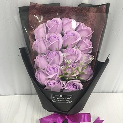 18 Scented Artificial Roses Bouquet