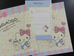 Sanrio Hello Kitty and Bear Letter Set