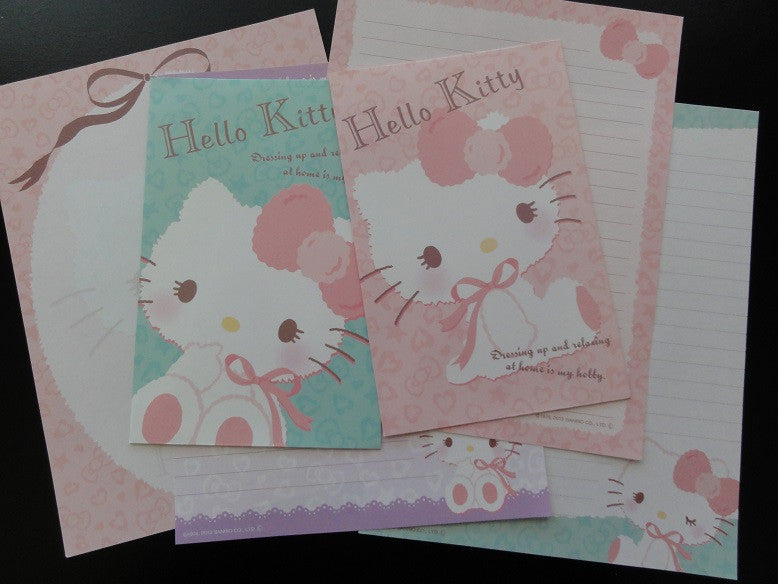 Sanrio Hello Kitty Dressing Up Letter Sets