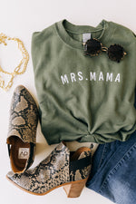 Mrs. Mama Embroidered LULU Pullover