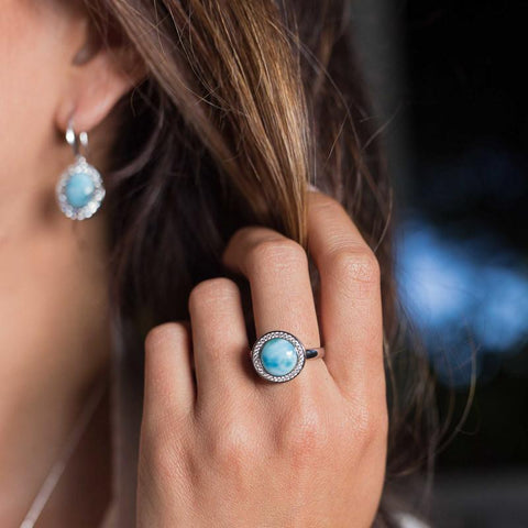 LAURA BONETTI Canoa Collection - Petite Larimar Ring