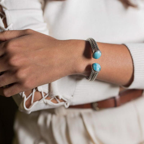LAURA BONETTI Caribbean Treasure Collection - Larimar Cuff