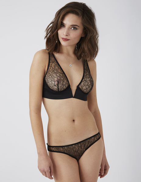 Amaranth Nero Spalla V Bra. | Damaris Luxury Lingerie