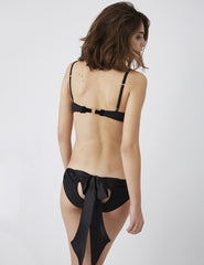 Blæk Black Silk Bow Knickers | Damaris Luksus Undertøj