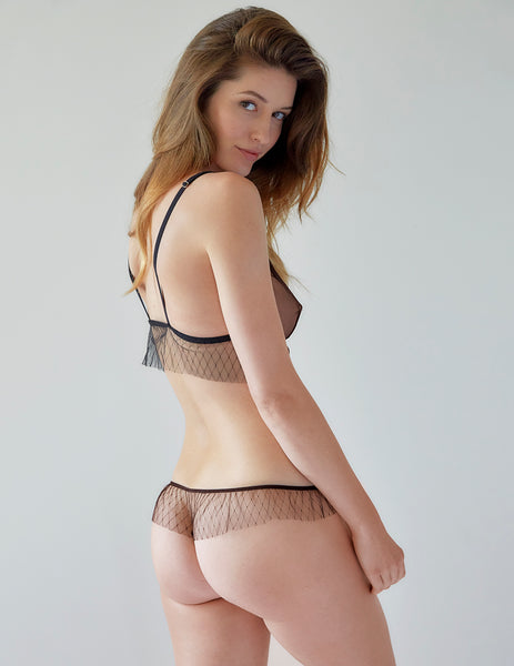 Black Frilly Lace Thong | Mimi Holliday Luksus Undertøj