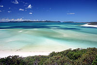 200px-Whitsunday_Island_-_Whitehaven_Beach_02