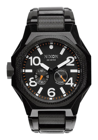 Nixon Tangeant | All Black -  Bloomsbury Store - 1