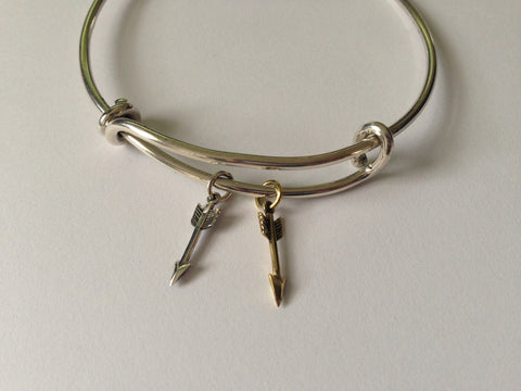 Bracelet Silver Charm With Double Arrows -  Bloomsbury Store - 1
