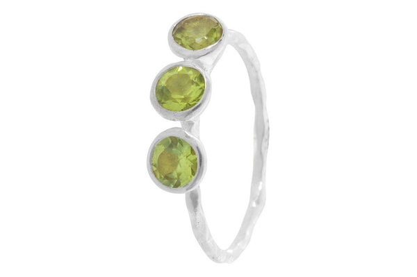 Pomegranate Ring Fine 3 Stone | Silver/Green Amethyst  | Bloomsbury Store