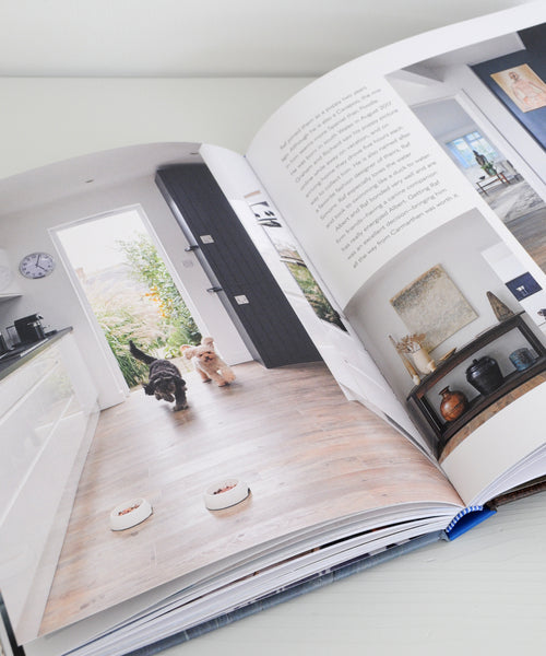 Cool dogs, cool home book