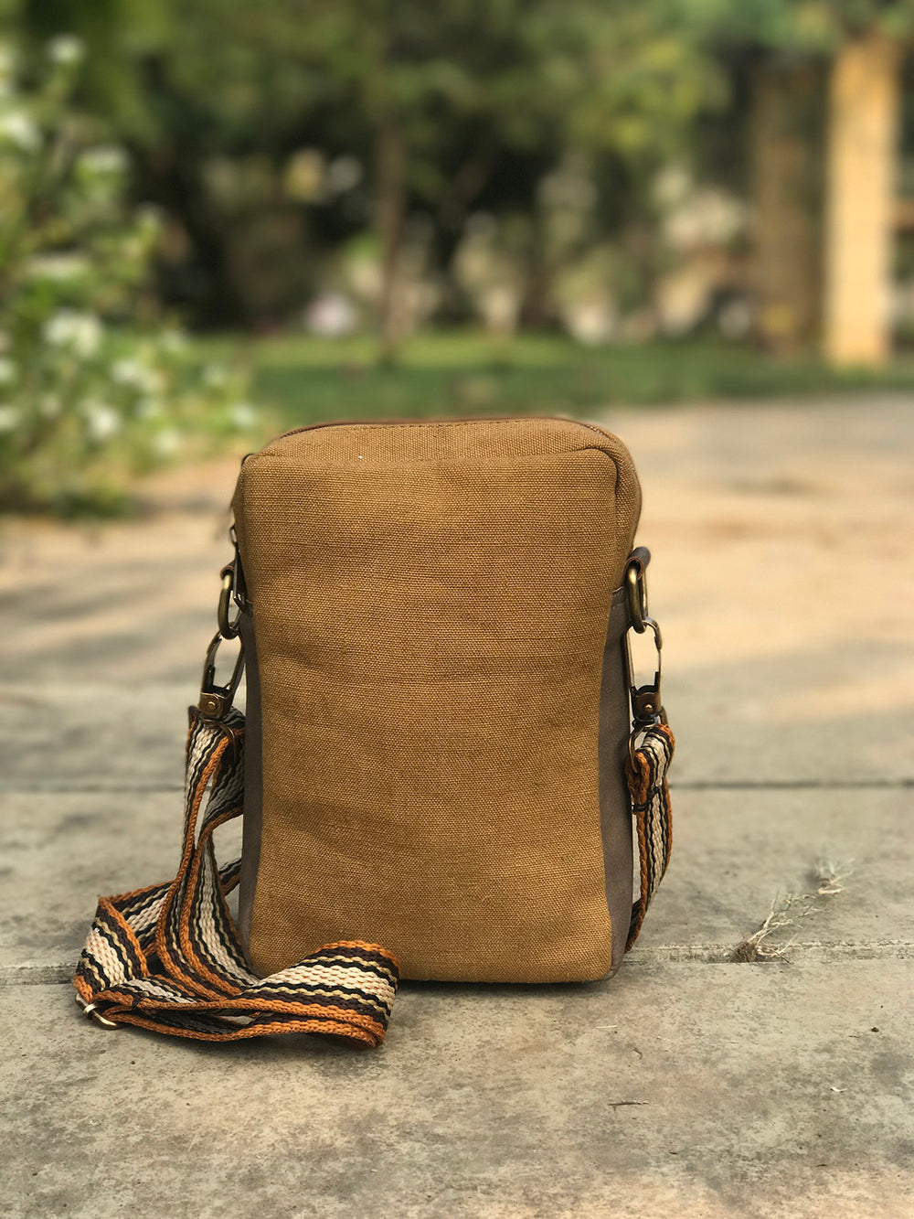 Handwoven hemp travel Sling