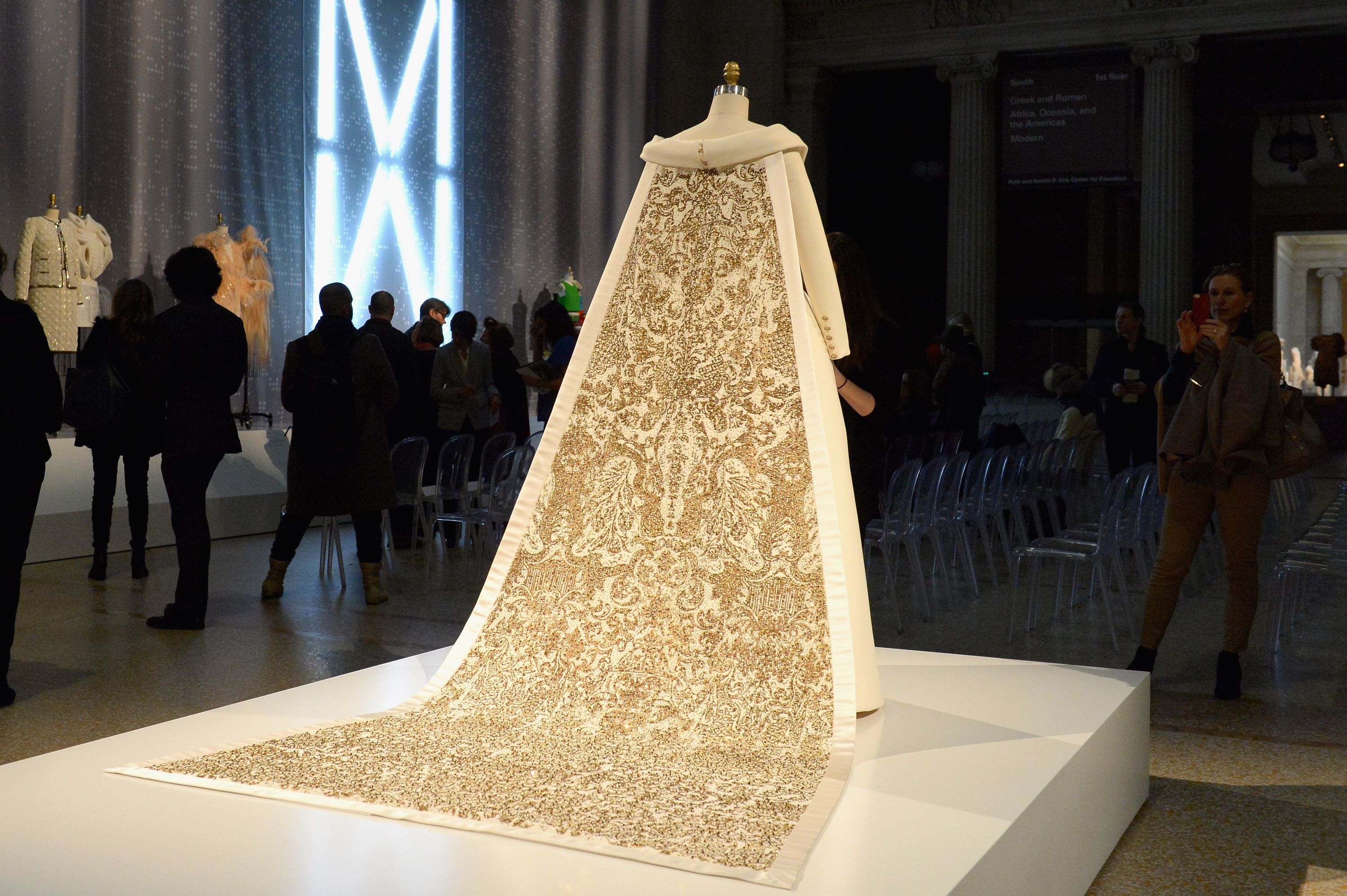 Manus x Machina - Karl Largerfeld AW14 Couture Wedding Dress