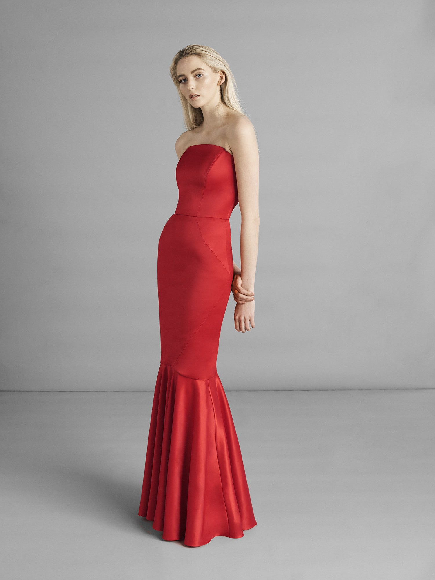 SARAH BOND - One Night In Vienna - Valie Siren Dress