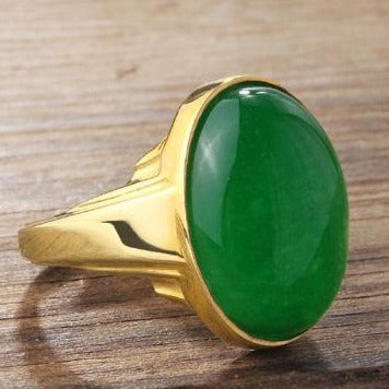 Green Jade in SOLID 10K YELLOW GOLD Natural Gemstone Vintage Ring
