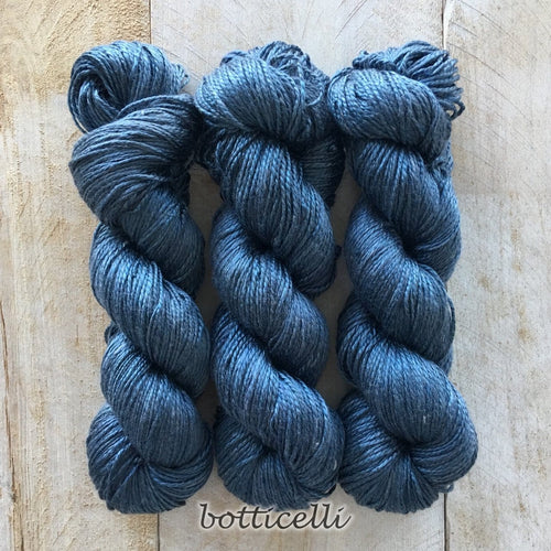 BOTICELLI by Louise Robert Design | ALGUA MARINA hand-dyed semi-solid yarn