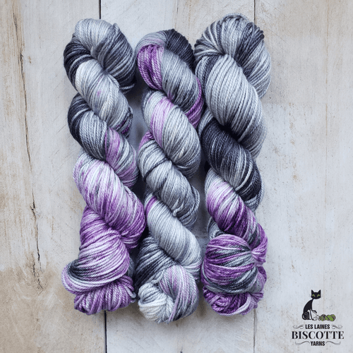DK Pure | URSULA self-striping hand-dyed yarn