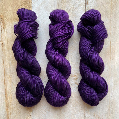 Albus - Merino & Silk Wool ♥ 1 ply knitting wool PURPLE 417