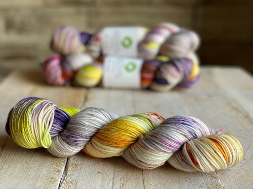 Bis-Sock yarn ACONITE speckled hand-dyed yarn | 100g(2x50g) or 50g mini skein size