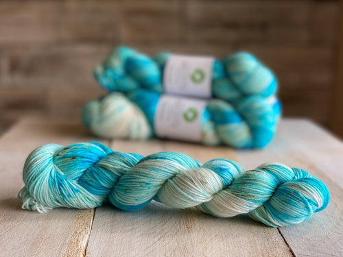 Bis-Sock yarn Caribbean speckled hand-dyed yarn | 100g(2x50g) or 50g mini skein size