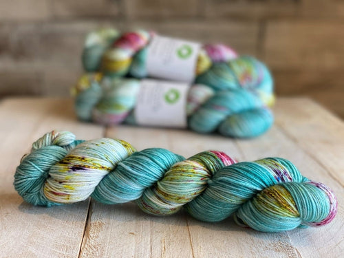 Bis-Sock yarn FESTIVAL speckled hand-dyed yarn | 100g(2x50g) or 50g mini skein size