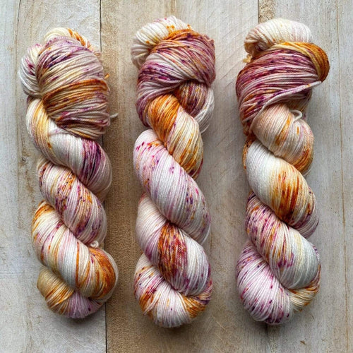 Bis-sock yarn Une chance qu'on s'a speckled hand-dyed yarn | 100g(2x50g) or 50g mini skein size