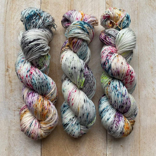 DK PURE | ZIGGY hand-dyed Speckled yarn