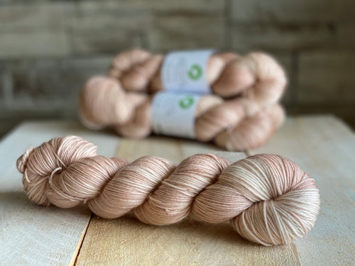 Bis-Sock yarn semi-solid Bisque | 100g or 50g mini-skein