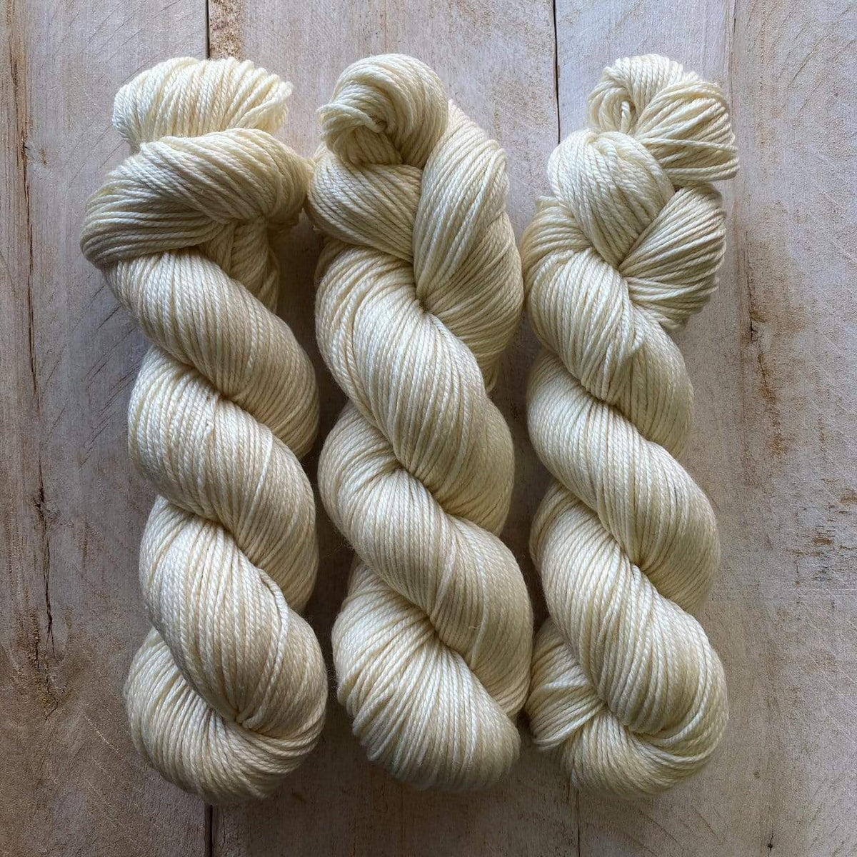 CANEVAS by Louise Robert Design | DK PURE hand-dyed semi-solid yarn