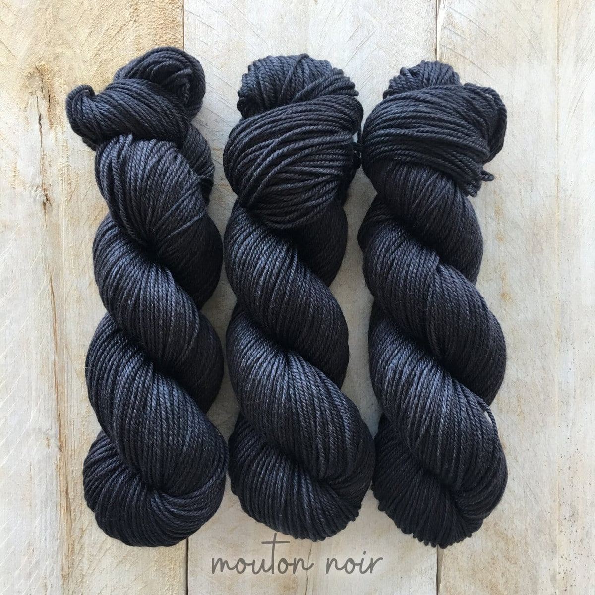 MOUTON NOIR by Louise Robert Design | DK PURE hand-dyed semi-solid yarn