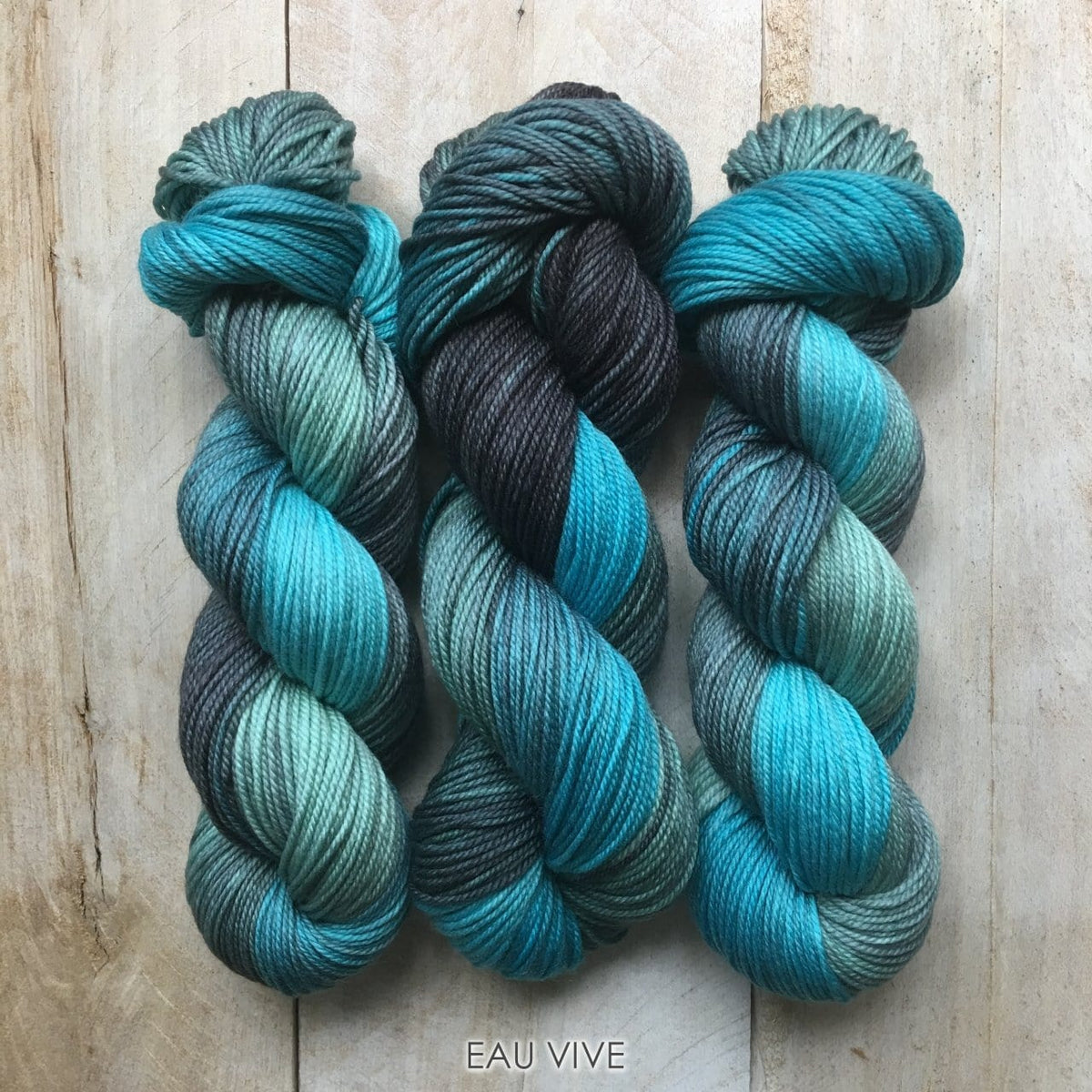 EAU VIVE by Louise Robert Design | DK PURE hand-dyed Variegated yarn