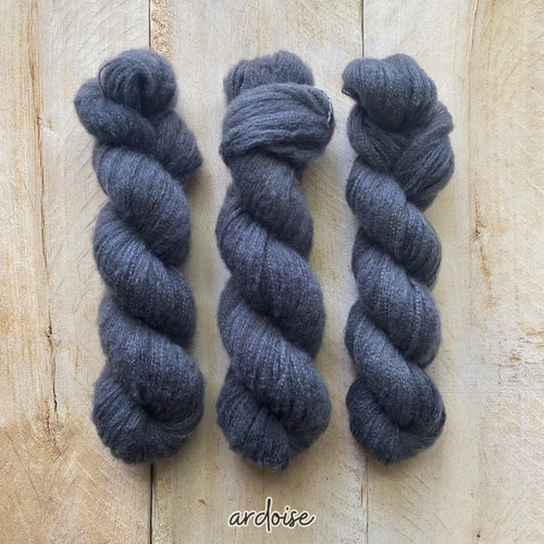 ARDOISE by Louise Robert Design | DOLCE hand-dyed semi-solid yarn